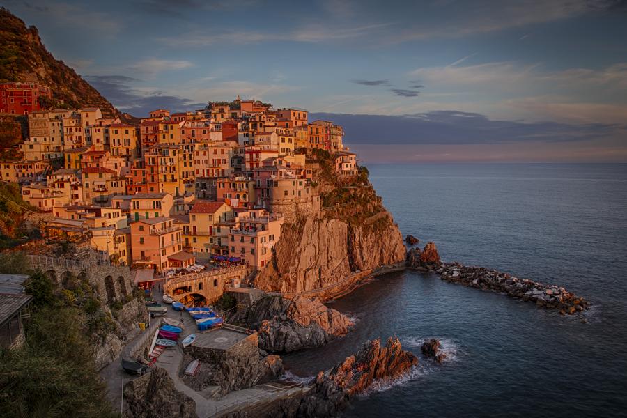 Sunset in Manarola, Cinque Terre, Italy. Photo: John Einar Sandvand