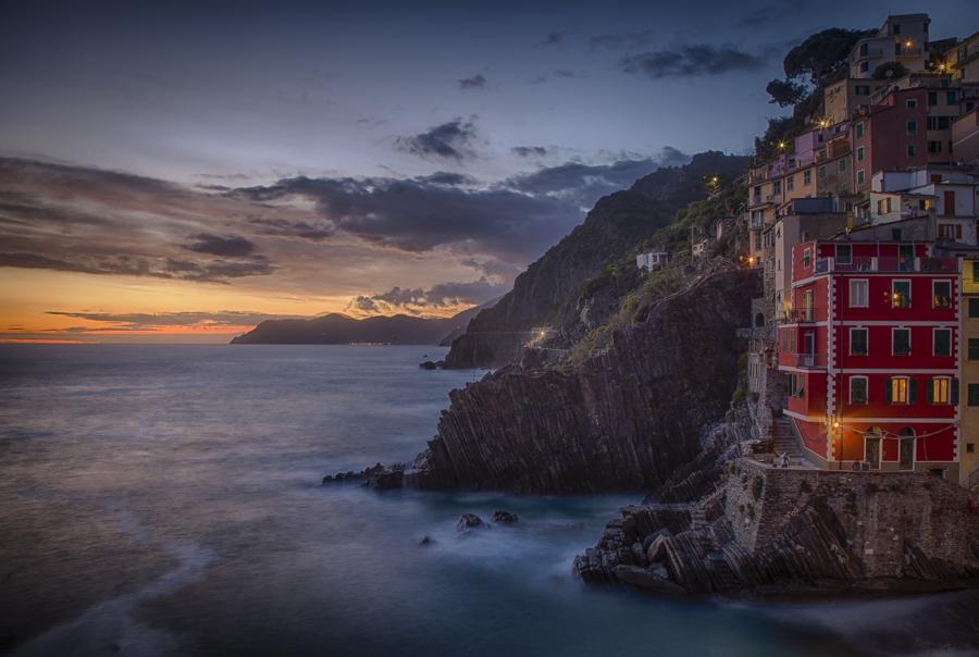 After sunset in the Riamaggiore village in Cinque Terre.  Photo: John Einar Sandvand