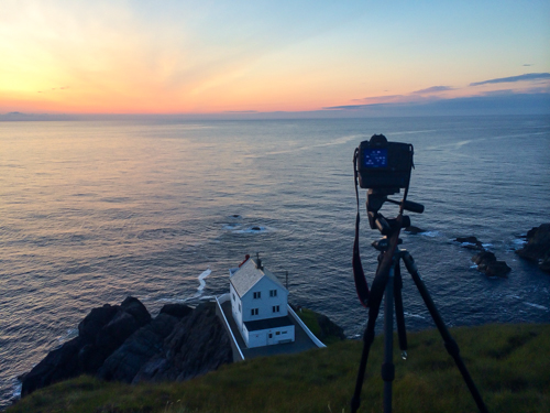 My camera in position overlooking Kråkenes lighthouse.