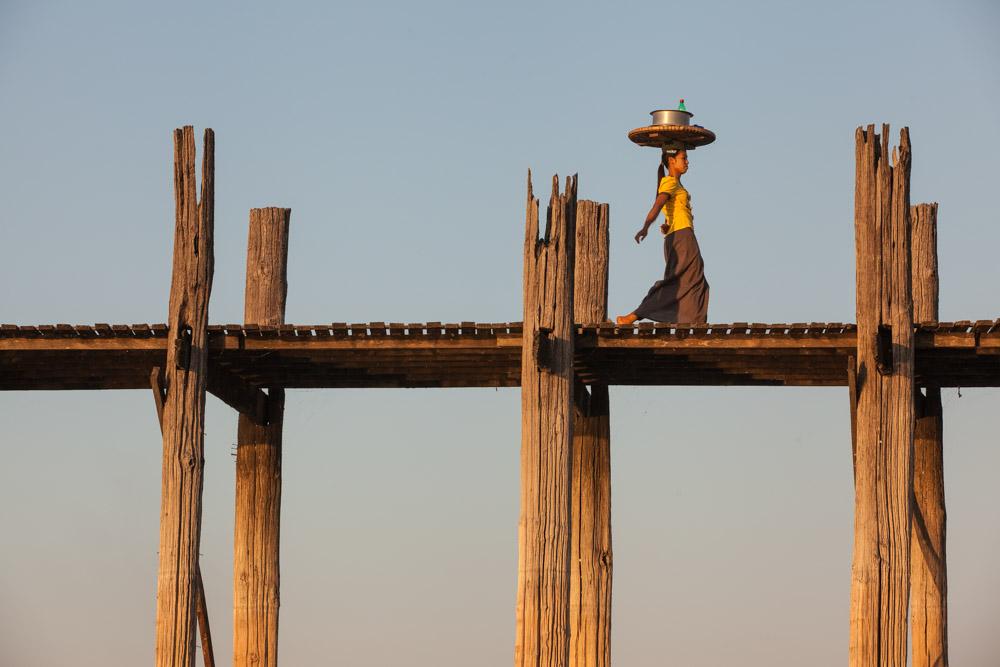 Balancing act at U Bein bridge. Photo: John Einar Sandvand