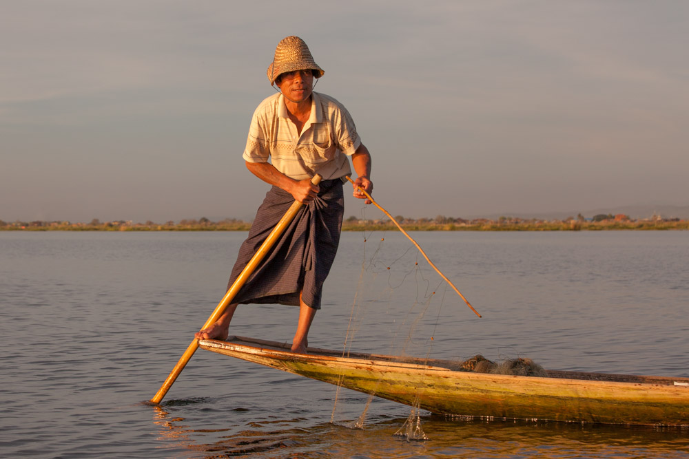 A fisher at Inle lake. Photo: John Einar Sandvand