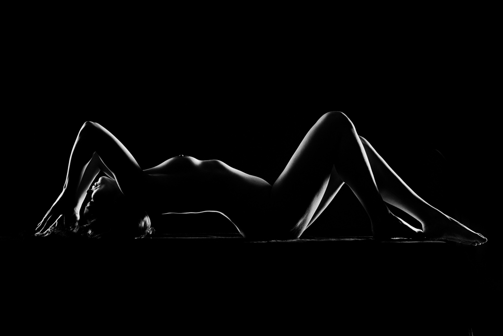 Creating sensual artistic nude photos